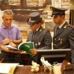 Operatori della Guardia di Finanza al lavoro