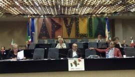 Un momento del consiglio regionale tenutosi ieri