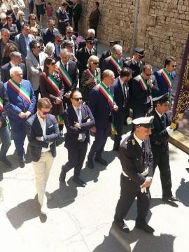 Gli amministratori che hanno partecipato alla processione in onore della Madonna della Fonte 2016