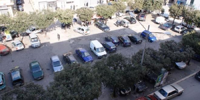 Piazza Carmine, rispuntano le buche e la riqualificazione è all'anno zero