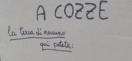 """""""Benvenuti a Cozze, qui potete fare i bisogni per strada"""". La protesta dei residenti usuali e stagionali"""