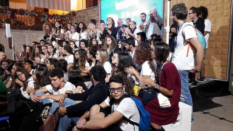 Il gruppo dei giovani volontari di Lector in fabula 2017