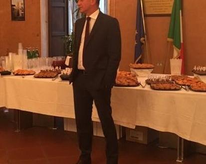 L'avv. Giuseppe Lovascio continua a sfuggire senza dare risposte alla città. Le 17 domande di Oggiconversano