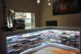 IL bancone bar del Caffè Letterario. (Foto Scaffaleweb)