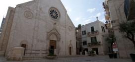 Il Largo Cattedrale si arricchisce di un nuovo spazio per l'arte: la Galleria Cattedrale. Il 31 agosto il via