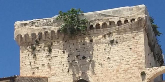 Firmata l'ordinanza per la messa in sicurezza della torre del Castello di proprietà privata