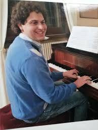 Davide D'Accolti, il giovane studente e musicista rimasto vittima del gesto folle di un giovane di Noicattaro che percorse contromano la SS 16 in preda a stupefacenti e alcol