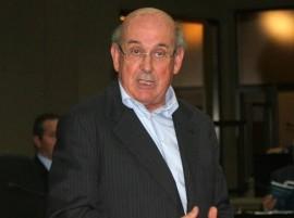 Il presidente del Consiglio Regionale Mario Loizzo